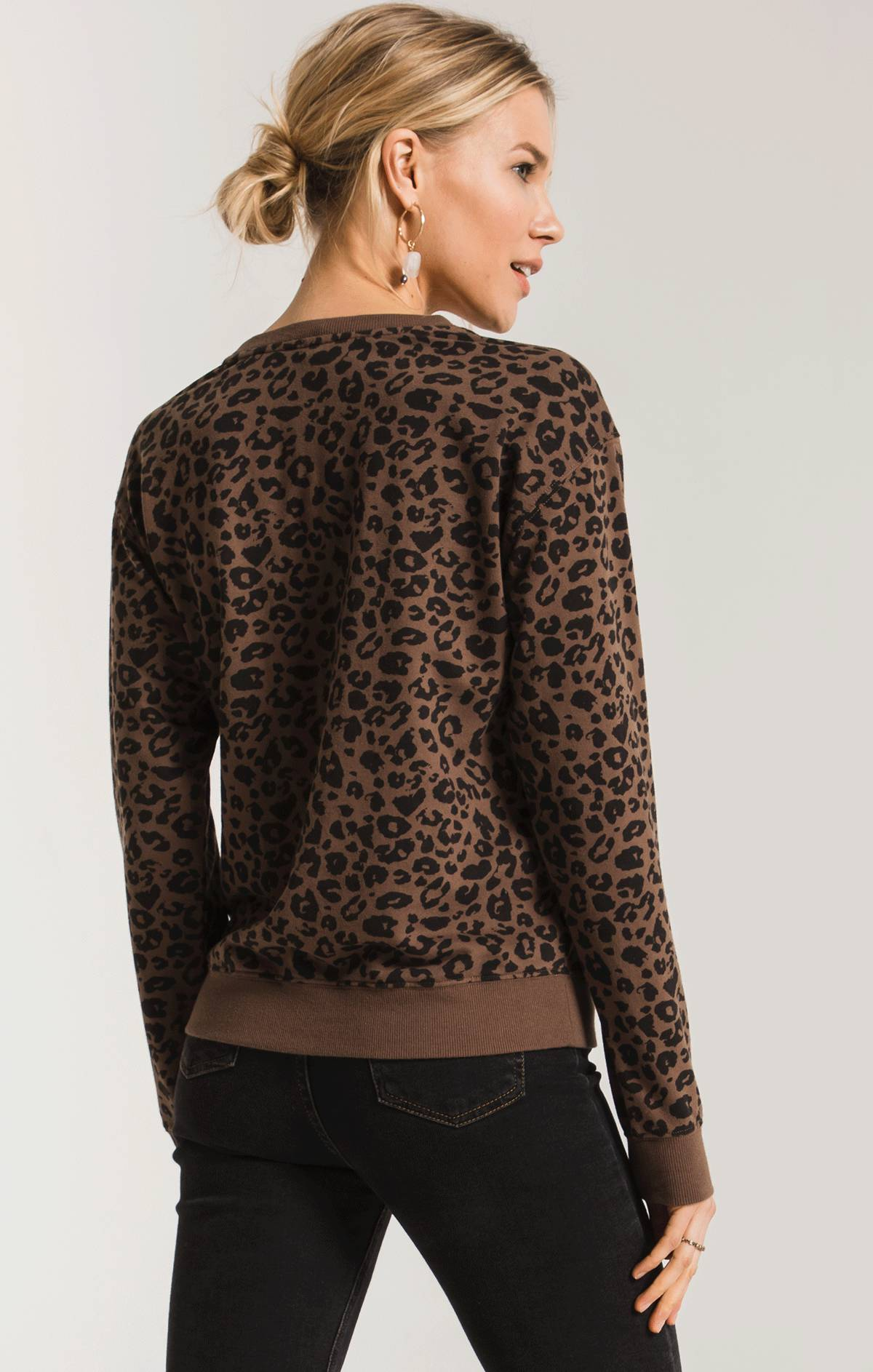 Tops The Leopard Pullover French Roast