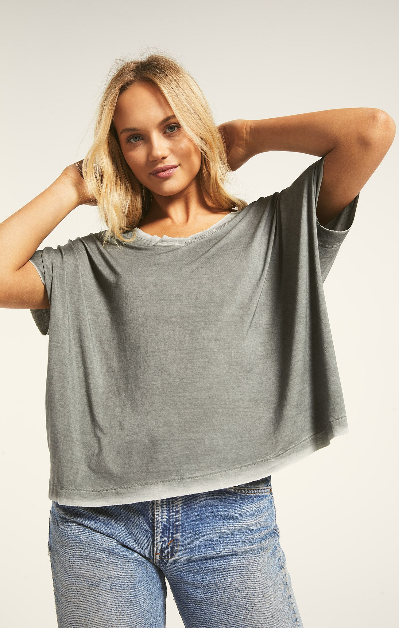 Tops Mischa Sleek V-Neck Tee Mischa Sleek V-Neck Tee