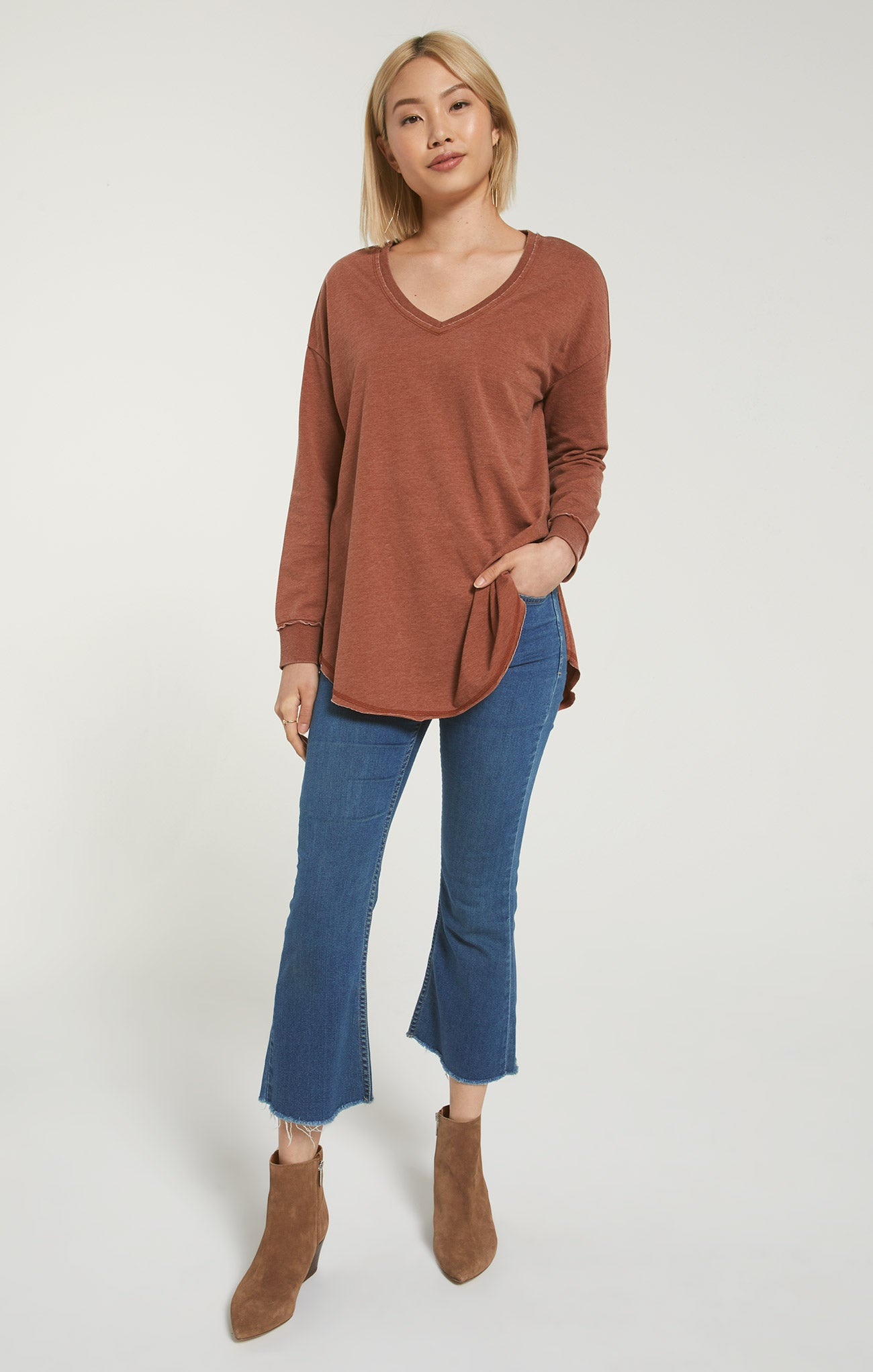 Tops V-Neck Weekender Whiskey