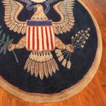 Load image into Gallery viewer, Great Seal Rug