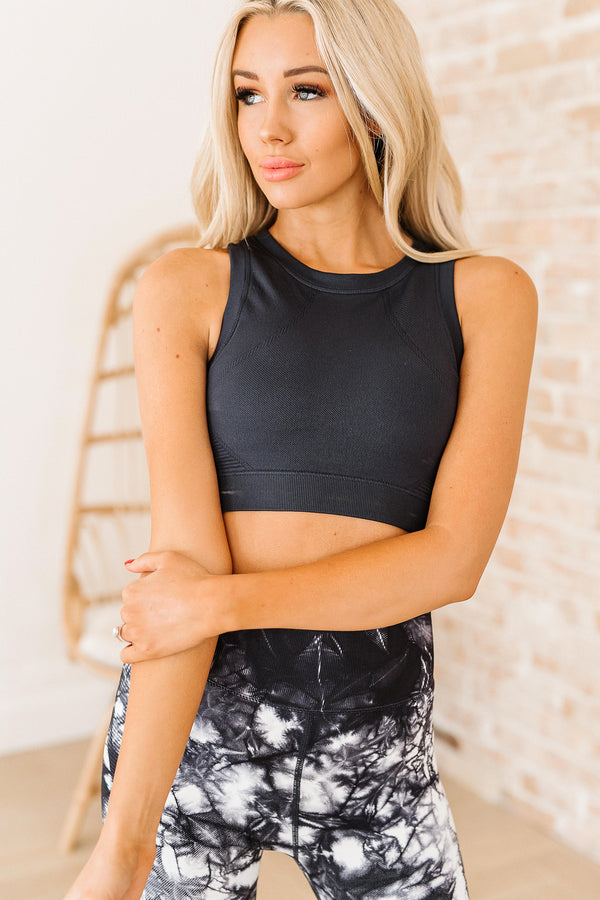 Leslie Solid Sports Bra