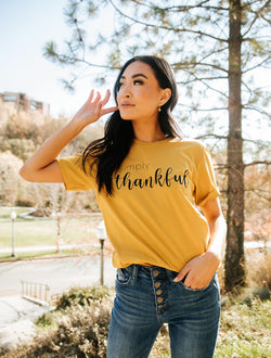 Simply Thankful Graphic Tee