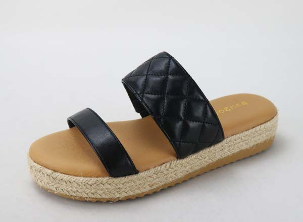Superb Quilted Band Sandals