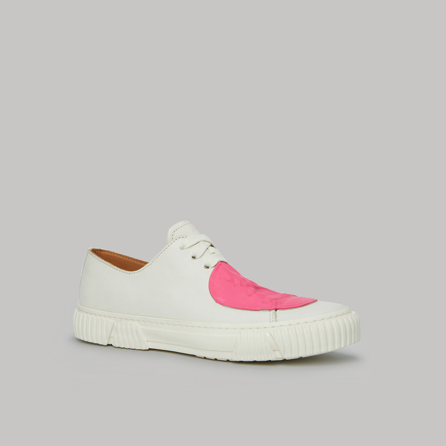 both - GUM PATCH LOW TOP-WHITE/PINK