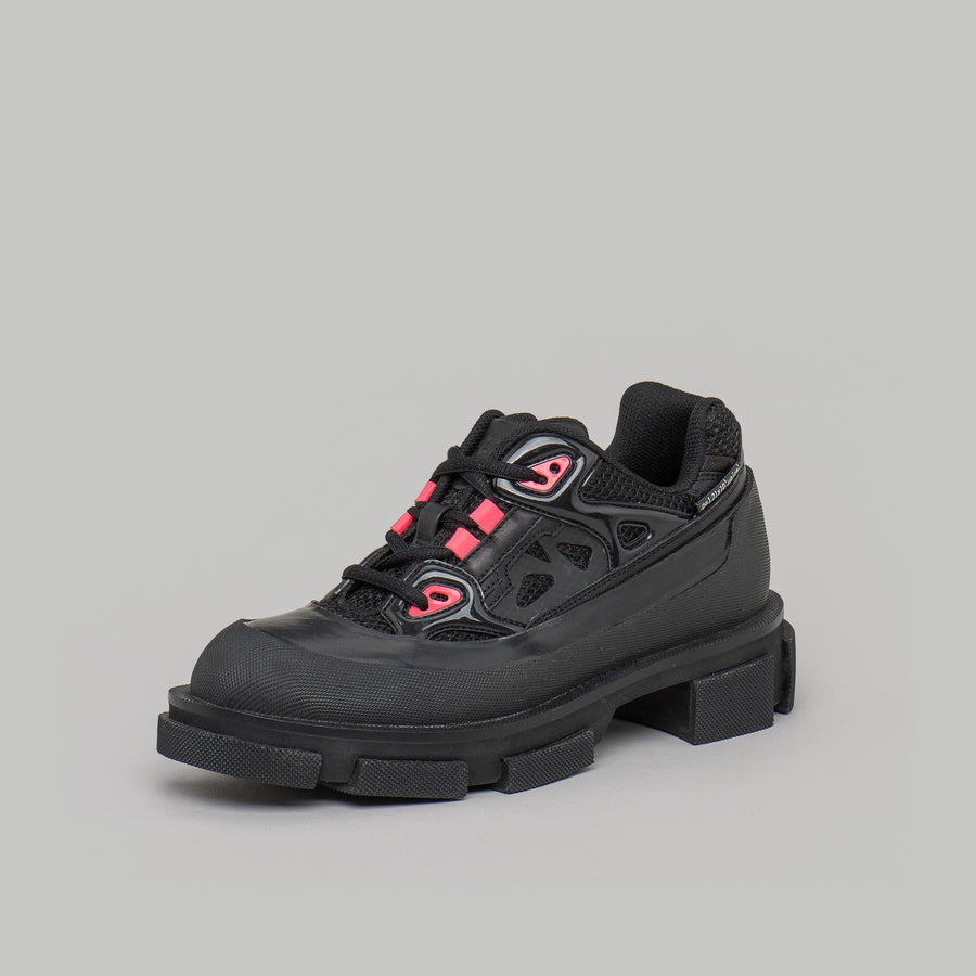both -GAO RUNNER -BLACK / NEON PINK