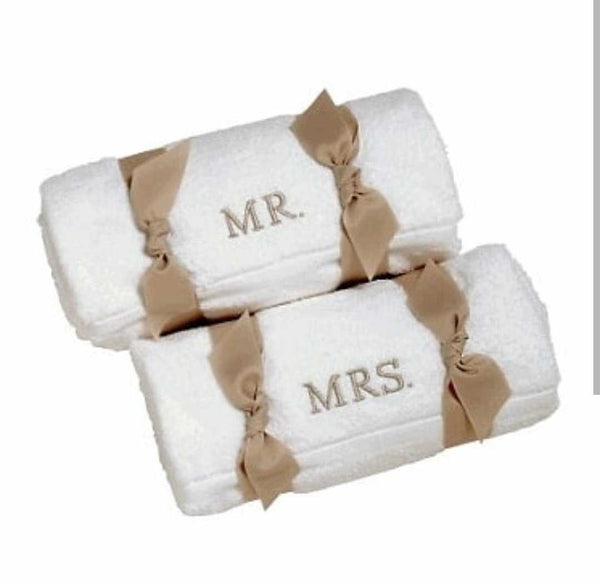 Personalized Magnolia Premium Bath Towel