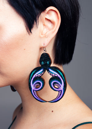 AW19 Octopus Maxi earrings, Wood
