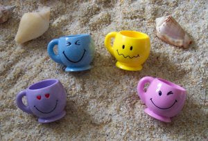 Smiley Mugs - Mini - Set of 6 - Toys for Tweets