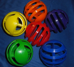 Slotted Plastic Balls - 4 per set - Toys for Tweets