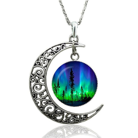 Green Natural Northern Lights Necklace | Statement necklace | Aurora Borealis necklace