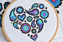 Load image into Gallery viewer, Cross Stitch for Beginners Paisley Heart