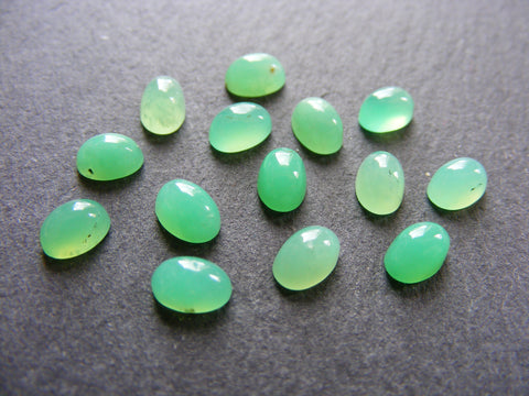 Chrysoprase Oval Cabs AAA Grade
