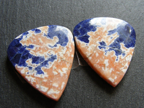 Sodalite Pear Cabs