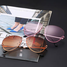 Load image into Gallery viewer, Clear Sunglasses For Women
