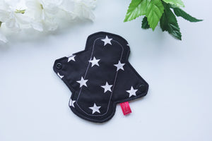 "6"" Light Black and White Stars Pad"