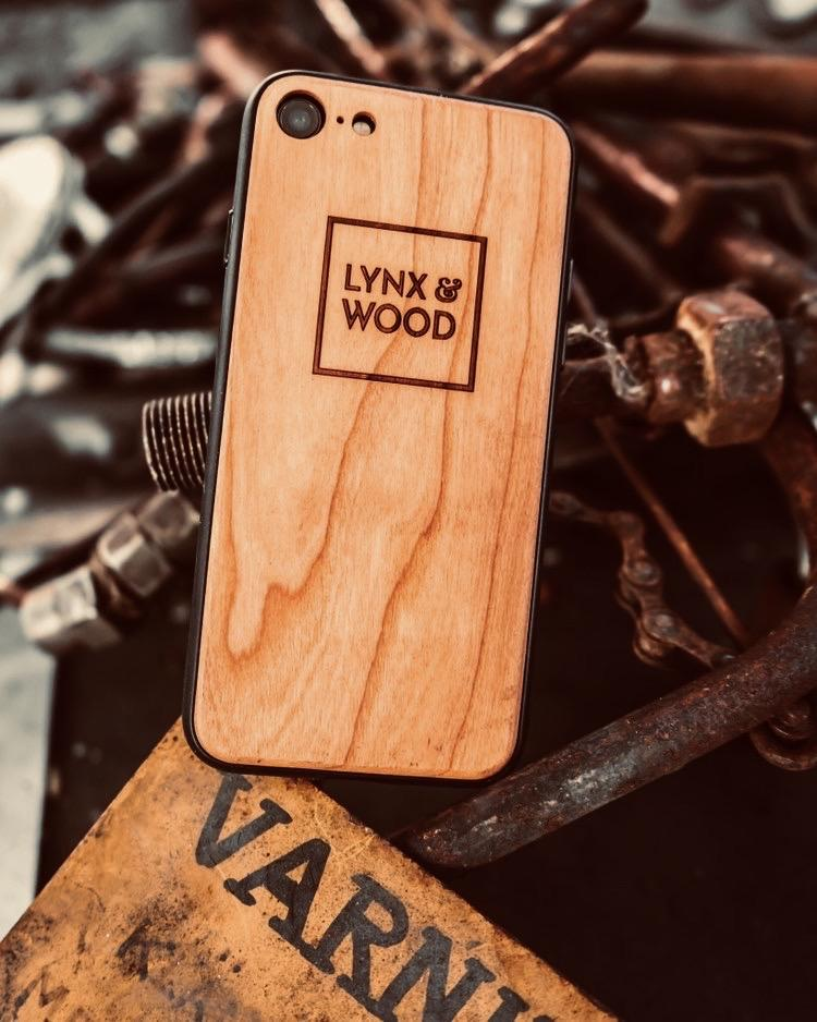 Lynx & Wood Phone Case Asgard Cherry – iPhone 6/6s