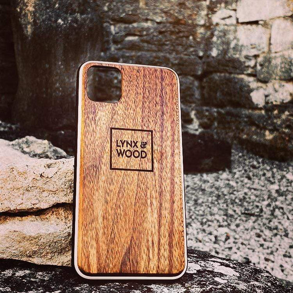 Lynx & Wood Phone Case Valhalla Walnut – iPhone SE (NEW 2nd gen.)