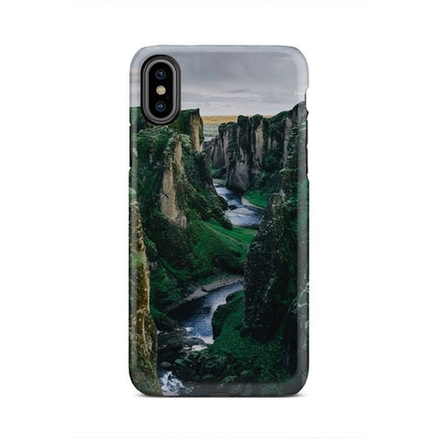 Amazing Green Mountain River Valley iPhone X Case