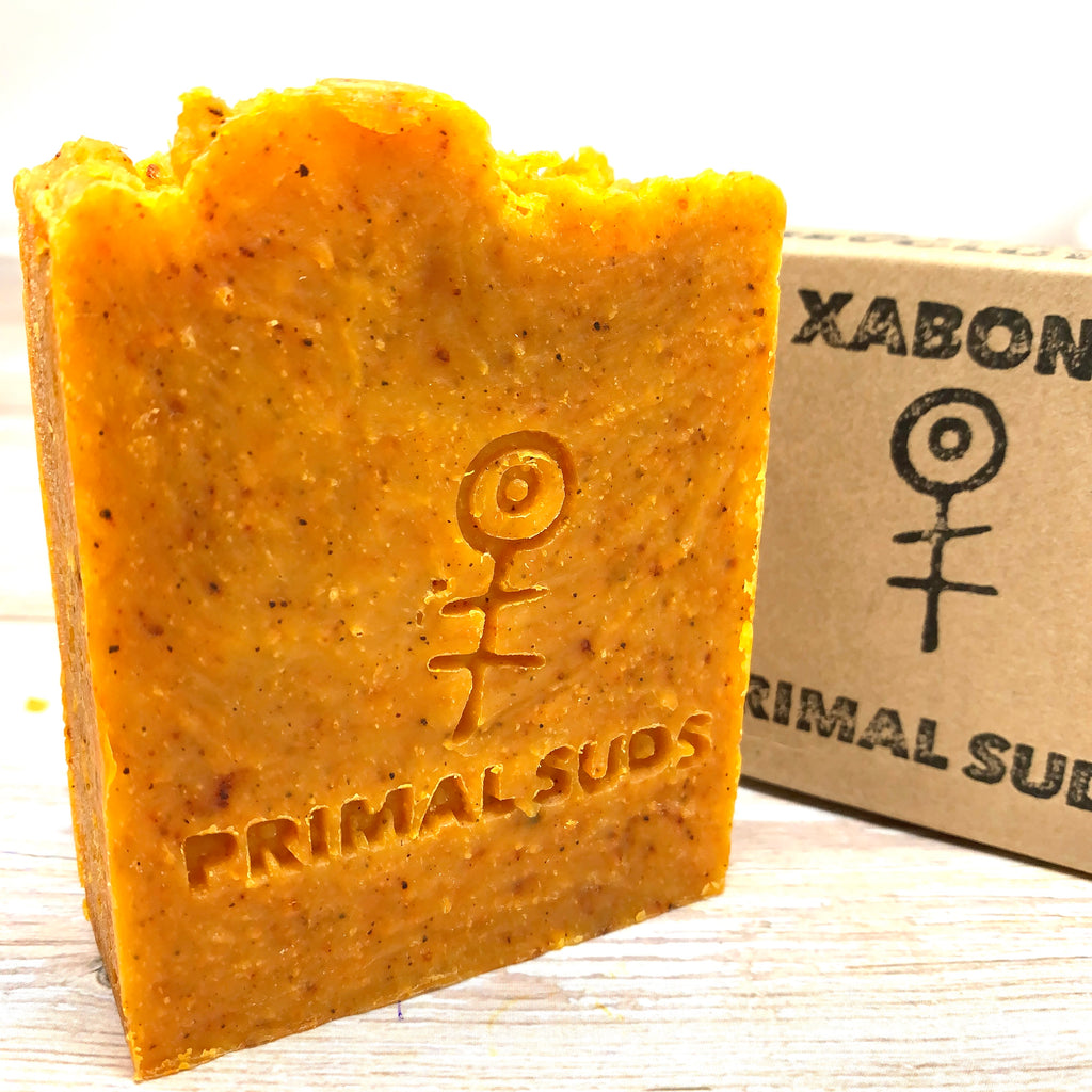 vegan soap bar without any SLSs and parabens, with seeds and essential oils for gentle exfoliation