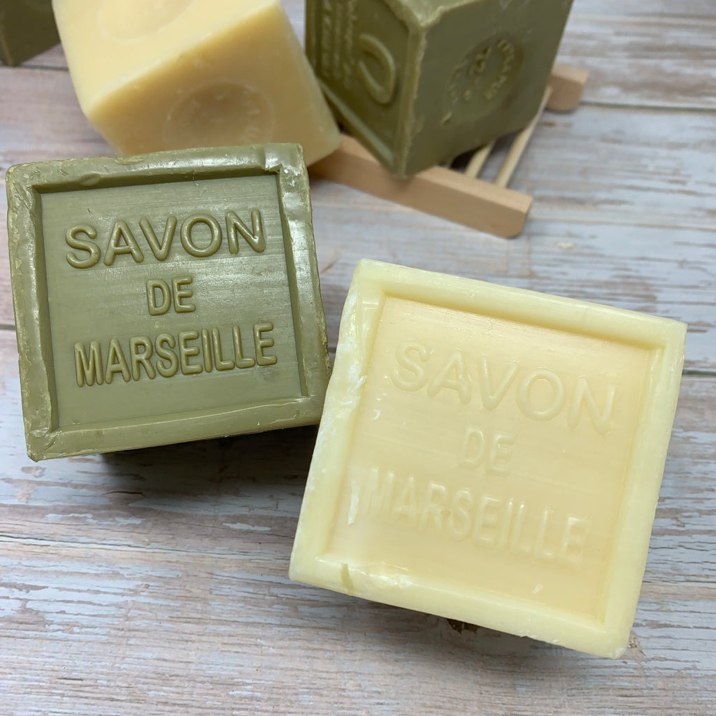 savon de marseille natural and olive cubes