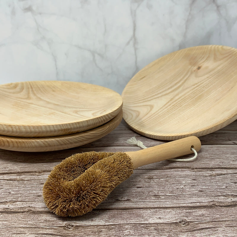 eco friendly coconut dish brush with wooden handle