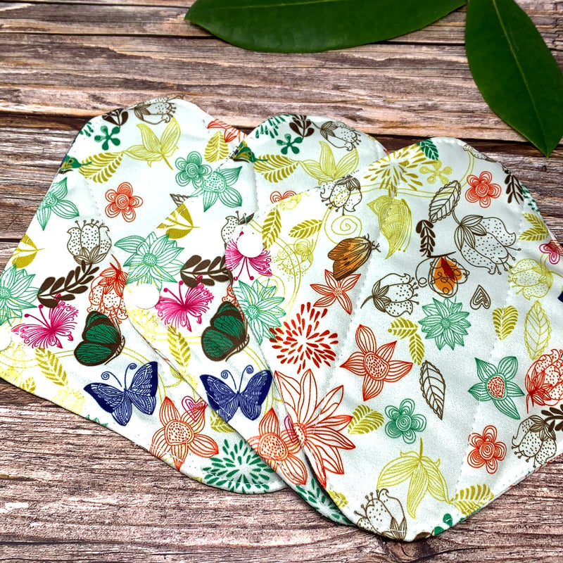 Set of 3 sustainable pantyliners earthbits