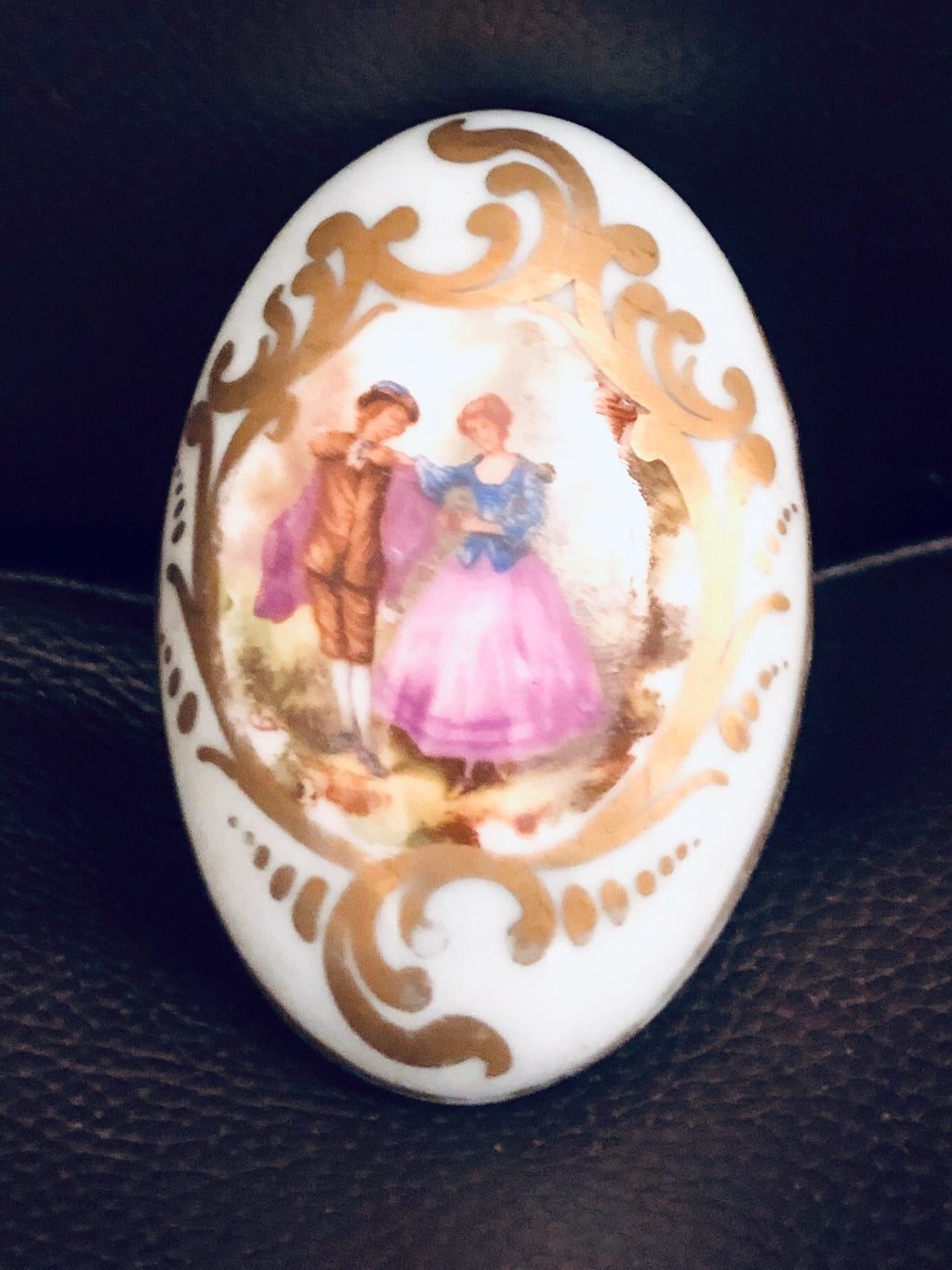 Limoges Hand Painted Oval Knob