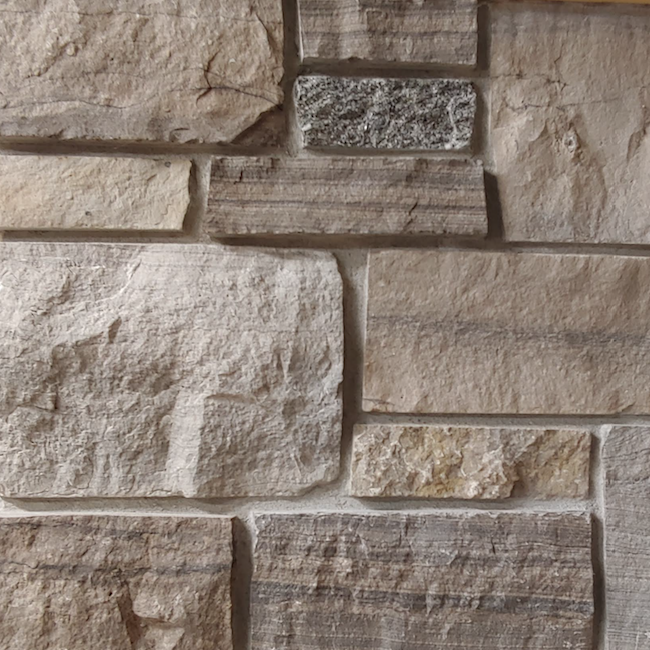 Limestone Blend #18 with Black Granite Accent - Lightly Tumbled - Sawn Height Thin Veneer - Flats
