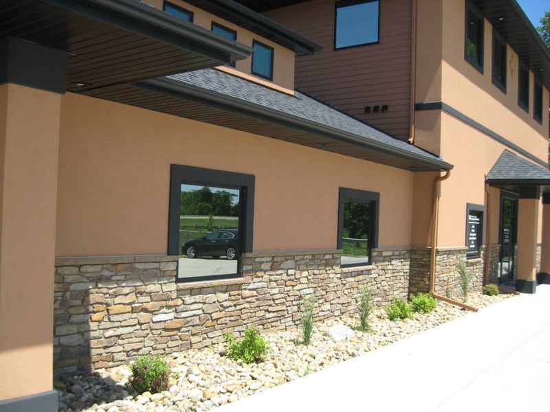 Peterborough Fence Wall - Earth Tone Blend Thin Stone Veneer - Corners