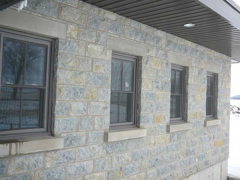 "Weatheredge Limestone Bed Face - Thin Veneer Drystack - 7 3/4"" Sawn Height Sawn Ends with Random Lengths - Flats"