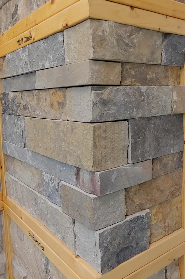 Wolf Creek Colonial Earth Tone Blend - Thin Veneer Natural Stone - Corners