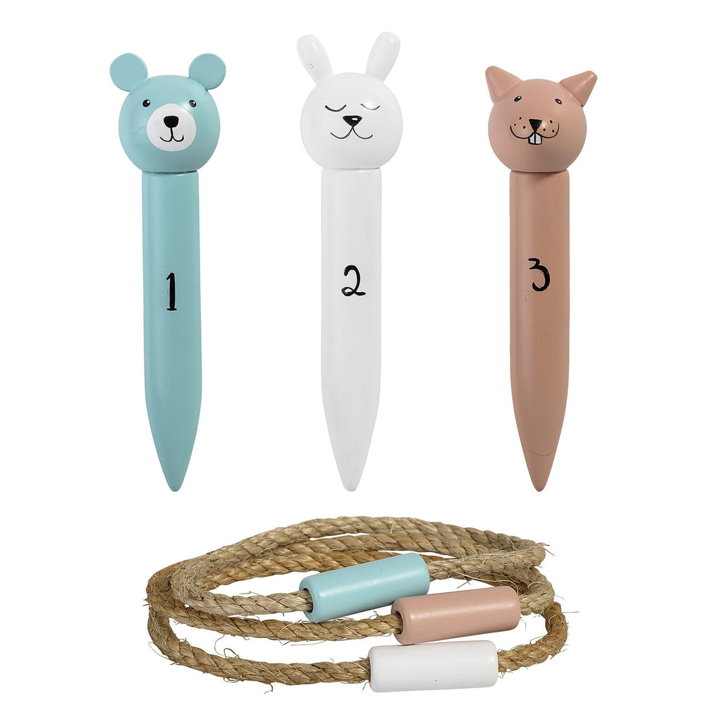 Ring Toss Play Set from Bloomingville Mini. A fun outdoor game for all the family to play. Otis and teh Wolf - bringing you Scandi style for little ones and their bedrooms