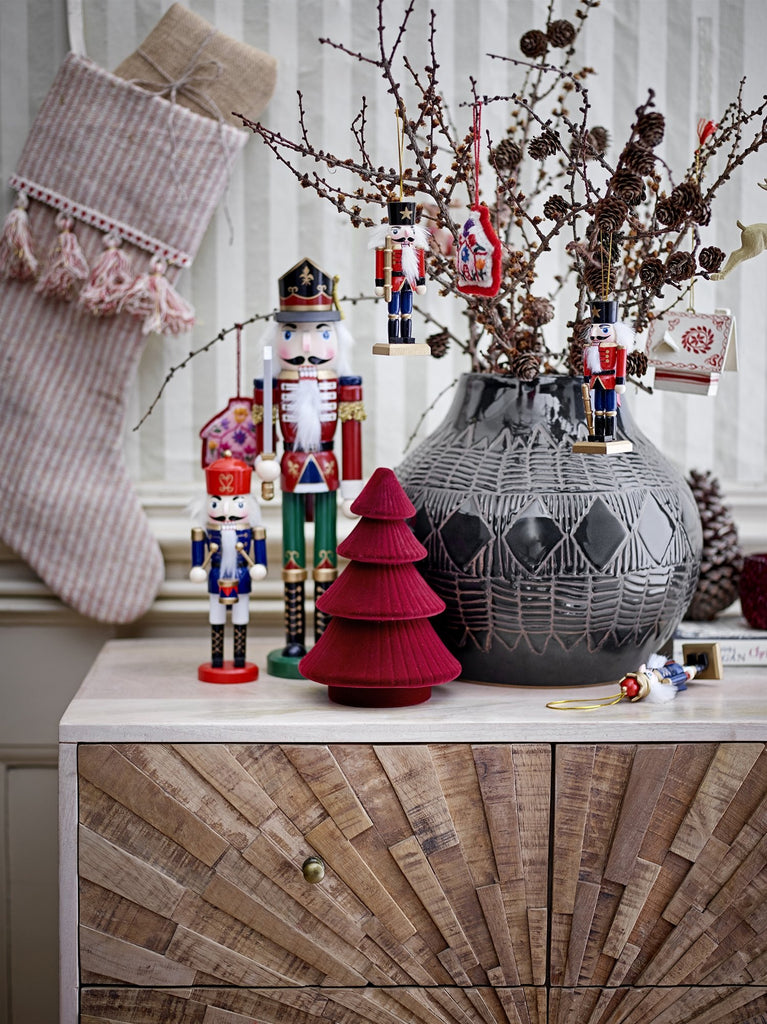 Traditional nutcracker christmas tree decorations - set of 6 . Create a truly scandi chrsitmas in your home with these beautiful Scandinavian designed Christmas decorations. Few items can fill your home with Christmas magic quite like these traditional nutcracker decorations.