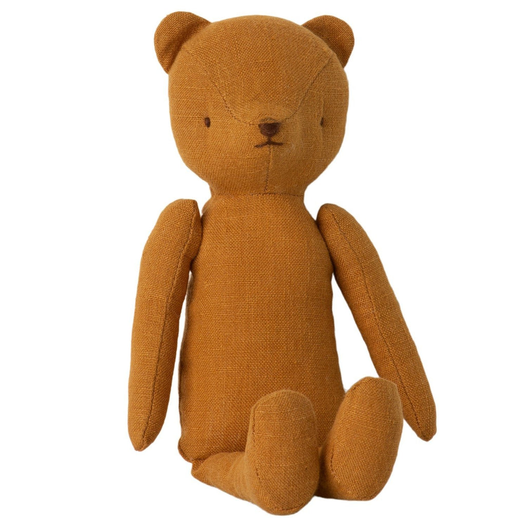 Classic Teddy Bear Mum from Danish brand Maileg. A beautiful heirloom teddy bear with a vintage look made from soft linen.