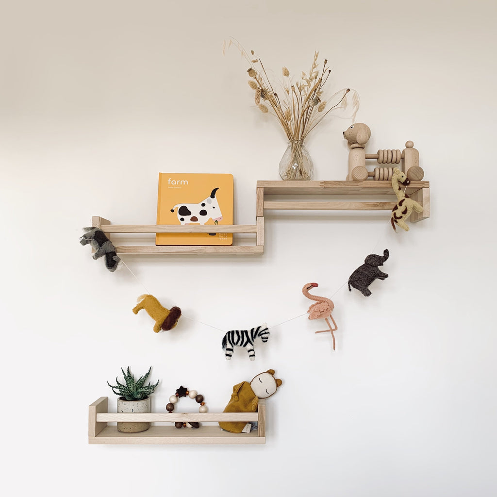 Safari garland from Danish brand Gamcha - Handmade baby mobile with safari animals made from 100% natural wool - Otis and the Wolf bringing you Scandi style for little ones and their nursery