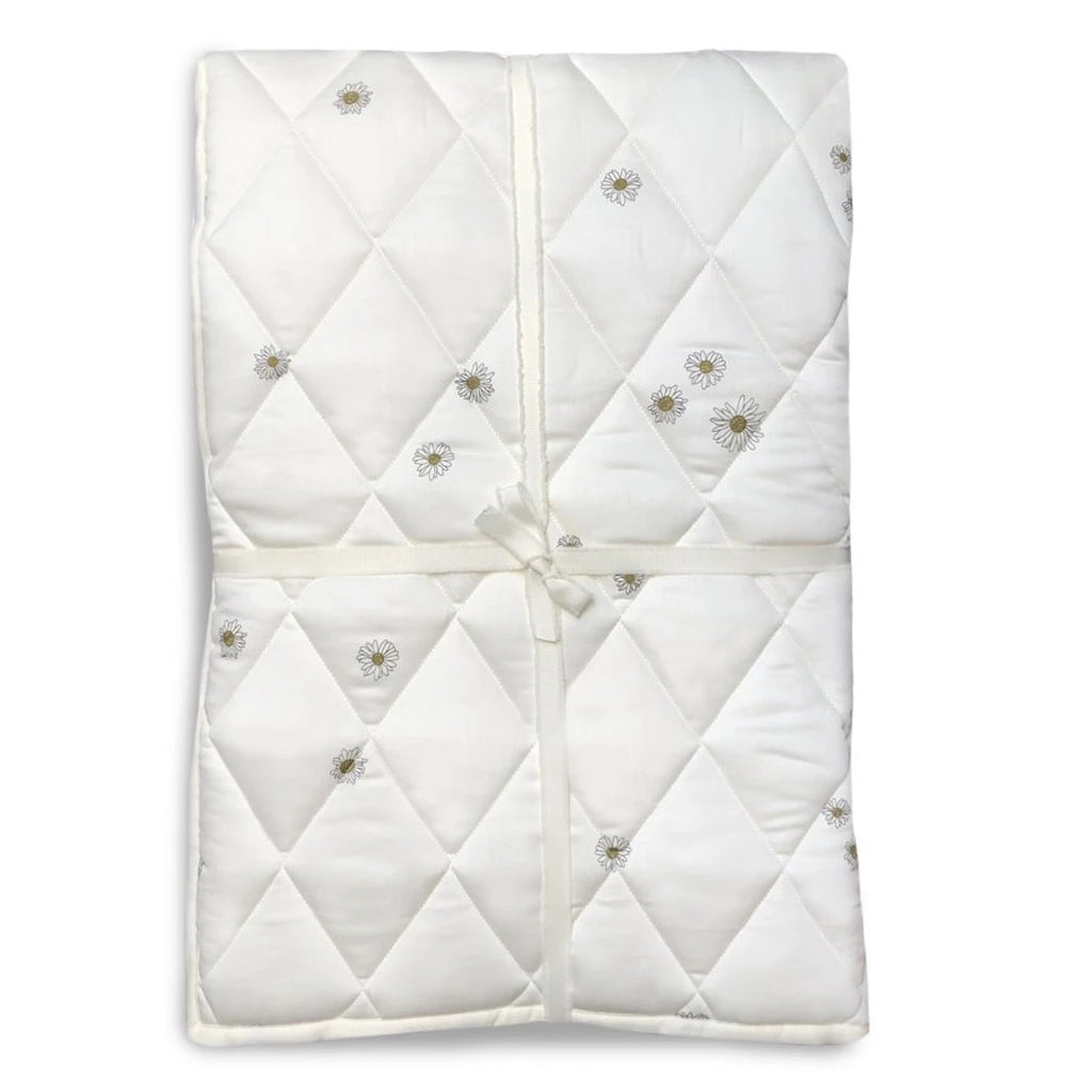 Daisy Quilted Blanket