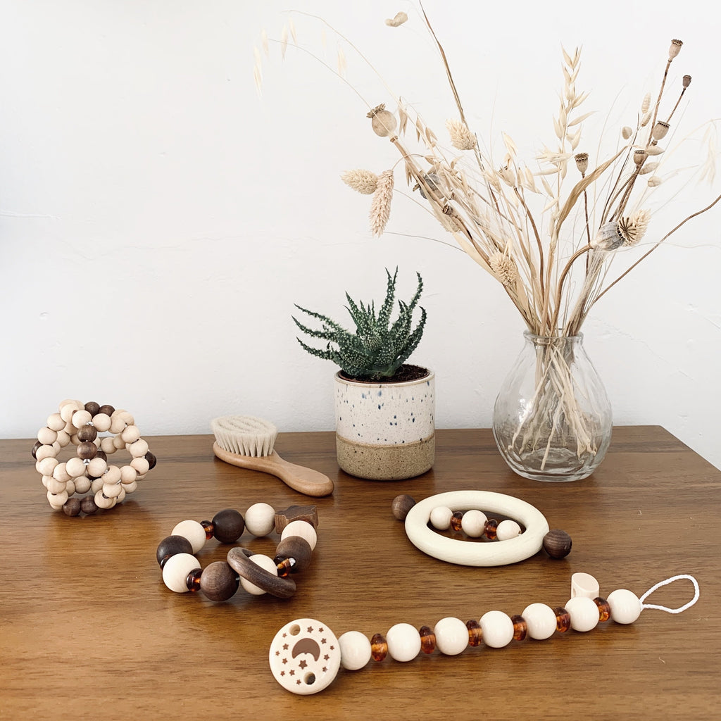 Natural Wood and amber soother chain - Heimess - Nature Range - Otis and the Wolf - Scandi style for little ones from toys and clothing to nursery decor and baby essentials