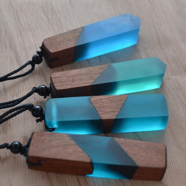Vintage Wood Pendant Necklace