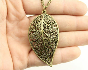 3 Color Leaf Pendant Necklace