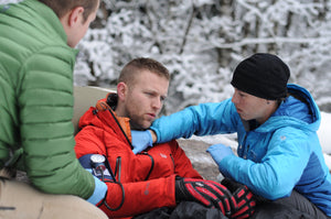 Practice assessing patient vital signs in a wilderness setting in our Wilderness First Responder Recertification courses.