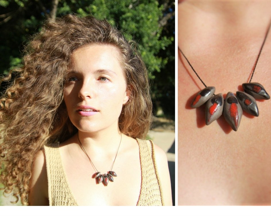 black and red porcelain beaded necklace