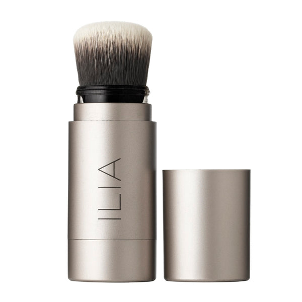 Translucent Powder Brush - Fade Into You - The Clean Beauty Edit