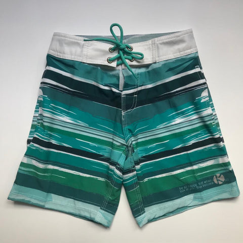 Short kulswimwear stripes green