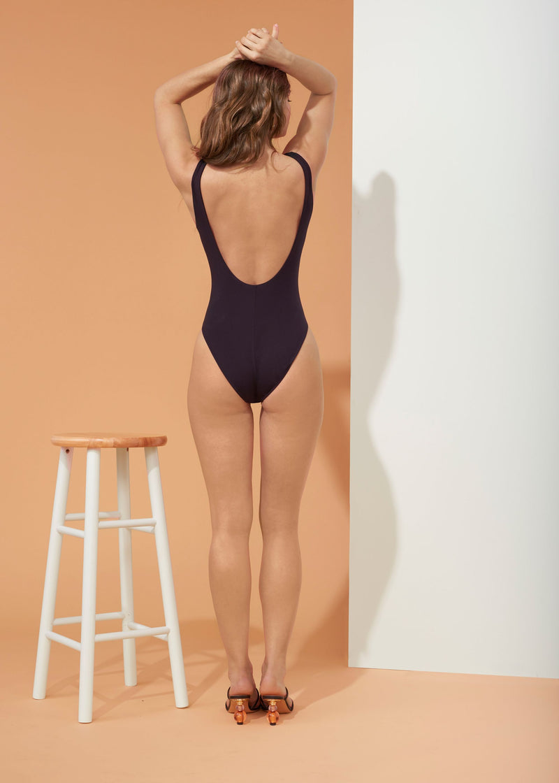 Isabella One Piece (Black)