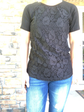 Load image into Gallery viewer, black lace front tee