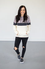 Load image into Gallery viewer, Leopard Crew Neck