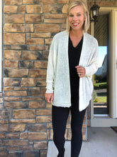 Load image into Gallery viewer, cream dolman open cardigan
