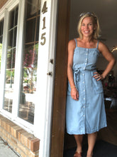 Load image into Gallery viewer, Denim Button Down dress
