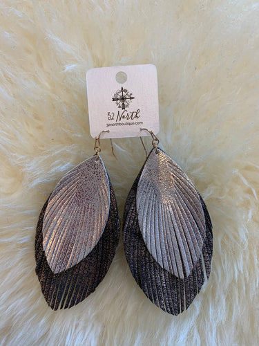 Leather silver and black earring