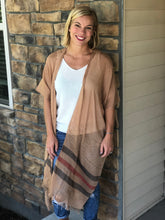 Load image into Gallery viewer, camel kimono